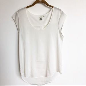 14th & Union off-white cap sleeve blouse. Sz Med